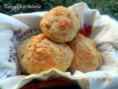zabpelyhes DNK zsemle Mashed Potatoes, Muffin, Breakfast, Ethnic Recipes, Food, Whipped Potatoes, Morning Coffee, Smash Potatoes, Essen