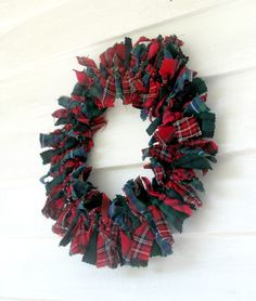 Beautiful Patchwork/Rag Tartan Plaid Christmas Wreath...nice way to use Goodwill dress or skirt fabric.