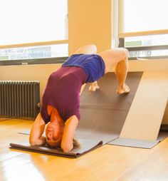 Iyengar yoga – prop usage for working towards sirsasana drop backs