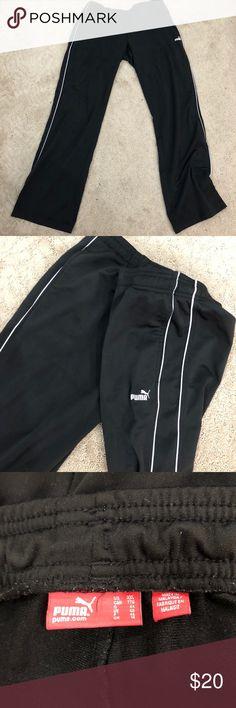 Puma men's pants size XXL sweatpants MENS PUMA PANTS SIZE XXL   IF YOU HAVE ANY QUESTIONS PLEASE MESSAGE ME Puma Pants Sweatpants & Joggers