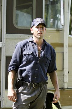 The Walking Dead (Season 2) Shane Walsh | Gothic.