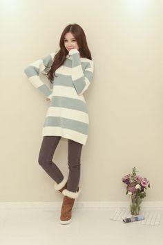 Color Stripe Long Knit Top