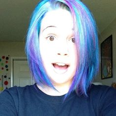 Shocked/Two-TonedHair/Blue/Purple<3
