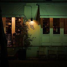 Instagram【stak_pt】さんの写真をピンしています。 《#神戸 #旧居留地 #三宮 #日本の風景 #日本の景色 #夜景 #スナップ写真 #街撮り #ファインダー越しの世界 #写真が好きな人と繋がりたい #写真を撮ってる人と繋がりたい #ニコン倶楽部 #ニコンd7200 #kobe #sannomiya #streetsnap #japanesescenery #snapphoto #discoveryjapan #japan🇯🇵 #nikond7200 #sigma1835 #nightviews》