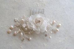Flower hair comb. White silk flower hair by ShesAccessories, $45.50 - Might ask for custom with blue hydrangea
