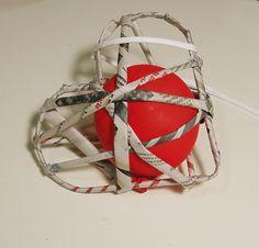 Uma decoração para os românticos. Pode ser usada em festas de casamento, dia das mães, dia dos namorados, ou só para presentear alguém que...