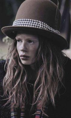 Billy the Kid: Jalouse Magazine October 2013 model:julia zimmer(marilyn)photographer:robert bellamy stylist:anne sophie thomashair:se...