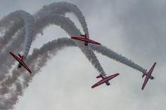 Aeroshell vertical break #aeroshell #pensacola #break #clouds #airshow #t6 #trainer #vintage