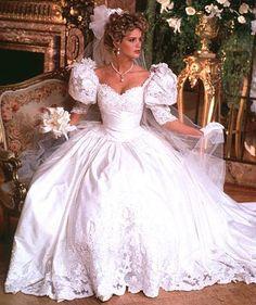 1980s Wedding Dress, Pink Wedding Dresses, Beautiful Wedding Gowns, Wedding Dress Trends, Beautiful Bride, Gorgeous Dress, Bridal Skirts, Bridal Gowns, Style Année 80