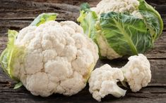 Berg talks about the health benefits of cauliflower and how it is a vital part of any weight loss plan. It is one of the best foods to consume in a ketogenic diet plan. Health Benefits Of Cauliflower, Easy Cauliflower Recipes, Raw Garlic, Red Lentil Soup, White Food, Natural Pain Relief, Ketogenic Diet Plan, Cosmetic Dentistry, Vegetable Dishes