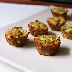 Zucchini Tots - These are fantastic. My favorite way to eat zucchini now. 1 cup zucchini, grated 1 egg ¼ of an onion, diced ¼ cup sharp cheddar cheese, grated ¼ cup dry breadcrumbs salt and pepper Bake at 400 min Healthy Appetizers, Appetizer Recipes, Healthy Snacks, Healthy Eating, Healthy Recipes, Clean Eating, Healthy Cooking, Brunch, Zucchini