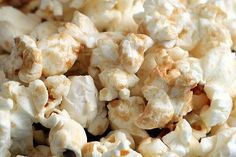 Microwave Brown Sugar Kettle Corn  Using olive oil this recipe is 4 points in Weight Watchers for 2 cups of popcorn.  It makes a total of 8 cups.