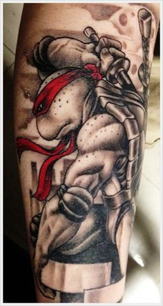 Ninja Turtle Tattoo so cool and Rafael is my favorite Future Tattoos, Love Tattoos, Beautiful Tattoos, Awesome Tattoos, Tatoos, Geek Tattoos, Hand Tattoos, Turtle Tattoo Designs, Best Tattoo Designs