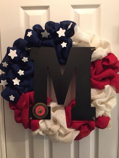 I will put a white letter so it shows up better on my door. American burlap wreath Fourth of July marine corp Military Wreath, Military Crafts, Military Mom, Military Retirement, Army Mom, Patriotic Wreath, Patriotic Crafts, Patriotic Decorations, 4th Of July Wreath