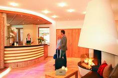 Willkommen im Hotel Klockerhof #klockerhof #familiekoch #dashotelfürentdecker #zugspitzarena #tirol Home, Ad Home, Homes, Haus, Houses