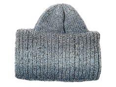 """Muhkean pehmeä """"mummopipo"""" on nyt supertrendikäs. Novitan Yhteishyvälle suunnittelmalla ohjeella neulot sellaisen itse. Some Ideas, Cool Diy, Handicraft, Knitted Hats, Knitting Patterns, Knit Crochet, Diy And Crafts, Autumn Fashion, Wool"""