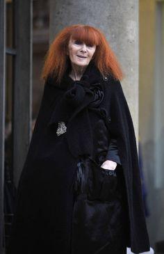 Sonia Rykiel à l'Elysée Sonia Rykiel, Fierce Women, Every Woman, Mannequin, Classic Style, Yves Saint Laurent, Couture, Celebrities, How To Wear