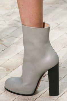Céline Leather Ankle Boots oqpesxm