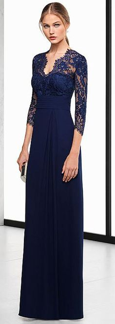 Exquisite Chiffon V-neck Neckline 3/4 Length Sleeves A-line Evening Dress