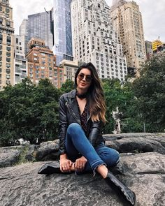 Shop Collective Looks from thriftsandthreads - ShopStyle New York City Pictures, New York Photos, Instagram New York, Foto Madrid, New York Outfits, Nyc, Insta Photo Ideas, New York Travel, Photography Poses