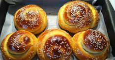 ΤΙ ΜΑΓΕΙΡΕΥΟΥΜΕ ΣΗΜΕΡΑ? Greek Sweets, Greek Desserts, Greek Recipes, Greek Beauty, Tasty, Yummy Food, Doughnut, Caramel, Bread