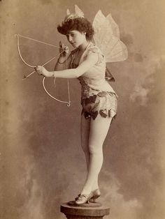 15 Vintage Halloween Costume Ideas — Vintage Clothing Store Online | Austin Texas | Dalena Vintage