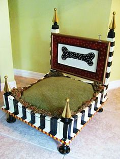 Condo Blues: 19 DIY Dog Beds a bed for my prince Obi