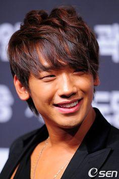 Jung Ji-Hoon aka Rain (비)