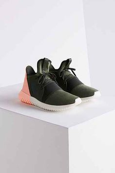 adidas Colorblock Tubular Defiant Sneaker