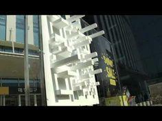 This QR idea is pretty genius. Emart developed a Guerrilla Marketing tactic, A shadow QR code, that can only be redeemed Street Marketing, Guerilla Marketing, Interactive Installation, Installation Art, Luz Solar, Code Art, New Media Art, Sun Shadow, Thing 1