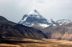 6. Earth Chakra - Kuh-e Malek Siah, Iran