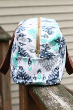 Zaaberry: Noodlehead's Cargo Duffle // Free Pattern Sewn by Me