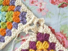 join granny squares with granny stitch