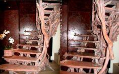 #FrenchRiviéra  post : https://lnkd.in/dYc-6J2 Web site : https://lnkd.in/dgNey83 Sculpture escalier _ staircase sculpture : https://lnkd.in/dFGybgs