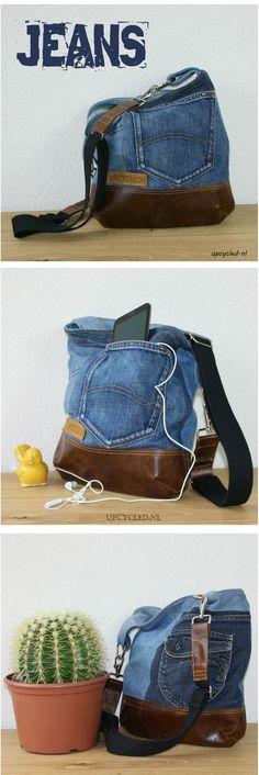 Handgemaakte rugzak van oude spijkerbroeken en leer van een oud bankstel