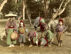 Old Japan in color: Entertainment