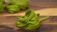 WHOLE WHEAT SPINACH PASTA  This homemade spinach pasta is healthy and simply delicioso bringing brilliant color and nutrition to your dinner plate.