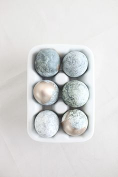 marbleized and gold dipped for Easter  Photography and Styling by Style Me Pretty Living http://stylemepretty.com/living