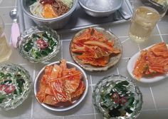 오랜만에 점토놀이  미역오이냉국과 김치. 보리차  #miniatures #miniature#miniaturefood#clayfood #fakefood #koreanfood #kimchi #cucumber &seaweed  cold soup#handmade #미니어쳐#미니어쳐음식#김치#미역오이냉국#점토음식#ミニチュア #ミニチュアフード #樹脂粘土 #粘土#黏土#泡菜#冷菜#韩国菜