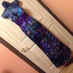 Beautiful flip dress size 2 Beautiful long spaghetti strap dress. Size 2 Flip Dresses