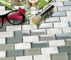 MOS0830 - Mosaic wall tiles made with combination of glossy glass and stone in brick design with grey tones