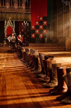 Favorite Gwaine Moment: having to clean all of the army's boots because if his bar tab.