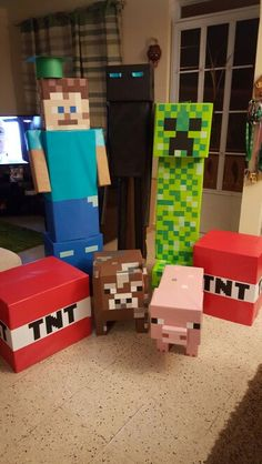 Awesome – These Minecraft party decorations are made out of recycled boxes, card… Awesome – These Minecraft party decorations are made out of recycled boxes, cardstock and wrapping paper! Minecraft Poster, Craft Minecraft, Minecraft Party Decorations, Birthday Party Decorations, Party Themes, Minecraft Party Ideas, Minecraft Skins, Minecraft Awesome, 9th Birthday Parties