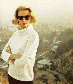 Grace Kelly, when you have style & class, even casual clothes look regal on you...