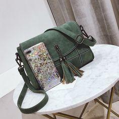 Nubuck borla mujeres Messenger Bags mujeres diseñador bolsos de las mujeres bolsas de alta calidad bolso de hombro femenino mujer crossbody bolsa pequeño Messenger Bag, Satchel, Bags, Fashion, Man Bags, Men, Women, Handbags, Moda