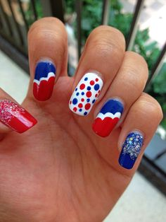 Fourth of July nails 2013