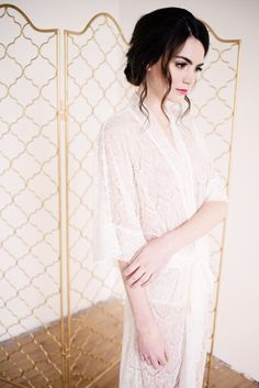 Bridal robe by Tessa Kim See more here: https://tessakim.com/collections/robes/products/long-lace-robe-priscilla