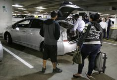 New taxi company to take over at Sea-Tac as Uber Lyft airport rides surge