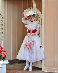 My favorite Mary at Disneyland. (Mary Poppins Jolly Holiday Costume!)
