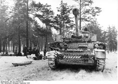 Panzer IV tank of German Army Group North in northern Russia, Sep 1943 Photographer	   	Wolfgang Vennemann Source	   	German Federal Archive